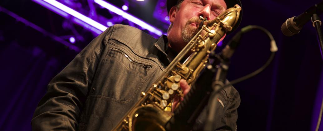DiJaCo BigBand feat. Tommy Schneller