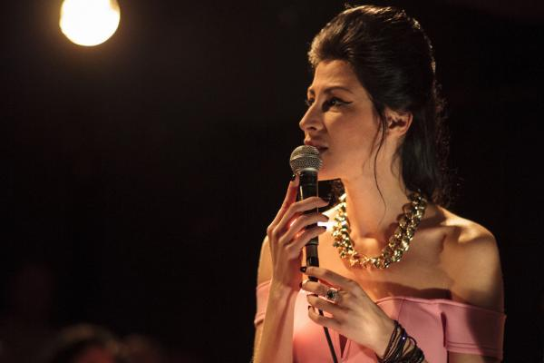 Michal Shapira singt Amy Winehouse